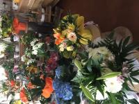 Pour la fête des mères votre fleuriste Cré'Flor vous offre la livraison.